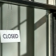 Verkäufer im Home-Office während Coronakrise